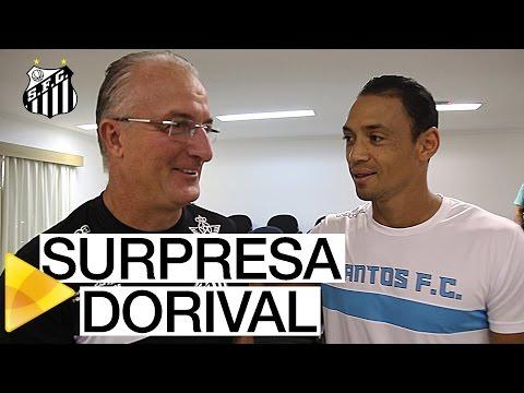 Dorival Júnior se emociona com surpresa