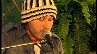 Video Badly Drawn Boy, Stone On The Water, acoustic, live at Glastonbury 2000 download MP3, 3GP, MP4, WEBM, AVI, FLV Juni 2018