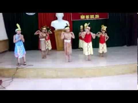 Múa nổi trống lên các bạn ơi - thnghiahiep.edu.vn