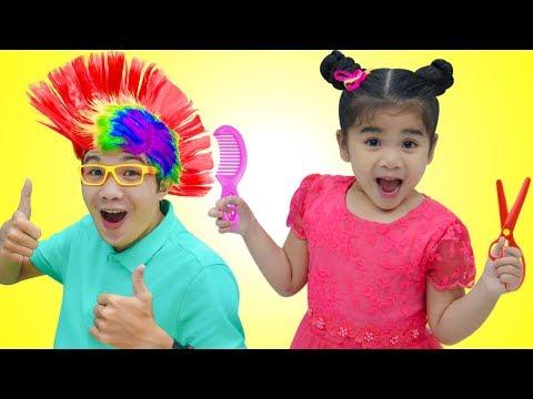 Suri Pretend Play w/ Kids Hair Salon & Fun Hair Styles Kid Toys