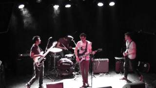 Cloud Nothings - Understand At All || live @ 013 Tilburg || 22-05-2011 (3/3)