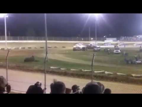 Florence Speedway 2017 Spring Nationals - 4 wide salute