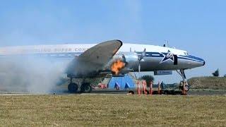 Super Constellation cold engine start and take off at Tököl, Hungary