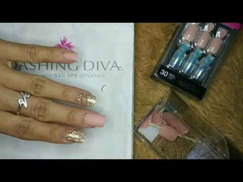 Trying Out Dashing Diva Press-on Nails