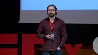 Czy sztuczna inteligencja jest przyszłością psychoterapii? | Piotr Podlaś | TEDxSGH