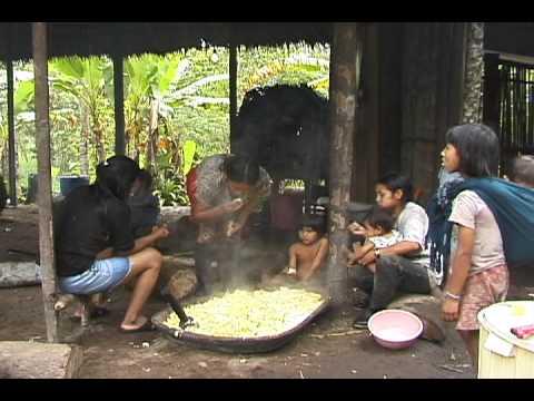 Wituk, chicha y julawatu: Los kichwas de Pastaza luchando por su cultura