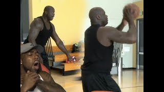 HOW IN THE ?!?!!!! SHAQ SHOOTING 3