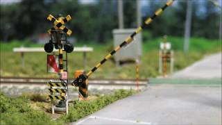 【Nゲージ鉄道模型】自作踏切完成(情景付)