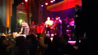 Jorge Celedon y Jimmy Zambrano: Enseñame Como Te Olvido en Concierto Londres