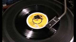 Gregory Isaacs - Mr. Cop / Mr. Cop Version - 1977 45rpm