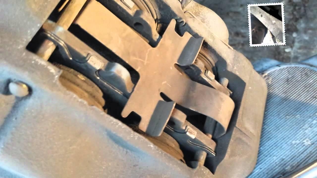 como desmontar frenos y rotores Toyota 4runner - YouTube