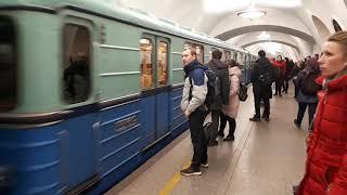 Экскурсионный поезд метро