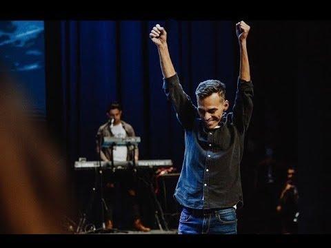 Unidos con Julio Melgar - Transmisión en directo de Iglesia Tiempos de Gloria