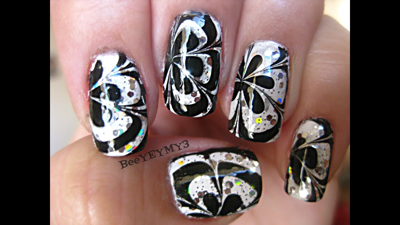 Black And White Water Marble Nail Art