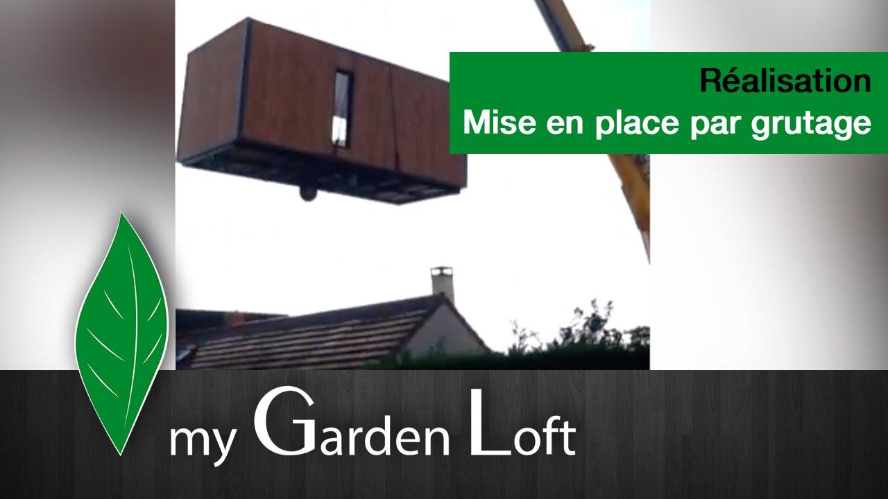 mise en place par grutage au dessus d 39 une maison my. Black Bedroom Furniture Sets. Home Design Ideas