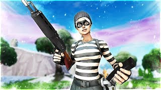 with what button I change? (Fortnite Battle Royal) + Clips