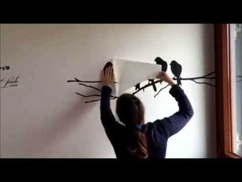Scegli tra le lettere adesive o gli adesivi da muro con il nome su cui scrivere una parola o una frase speciale! Come Fare Ad Applicare Un Adesivo Murale Youtube