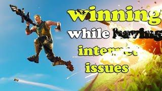 Fortnite :  Winning while having internet issues