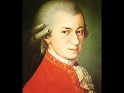 W. A. Mozart - Divertimento K .157- 2nd Mov - YouTube