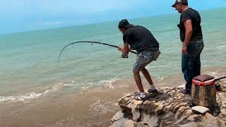 يوم من الصيد في أخفنير