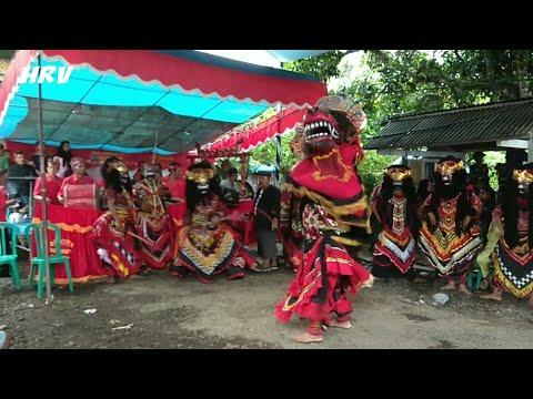 Barongan Celeng Pitik