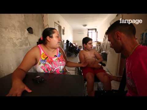 Raffaele, disabile e prigioniero delle barriere architettoniche a Scampia