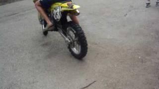 Suzuki dirt bike 85cc big wheel