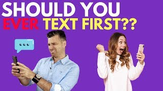 Should I Text Him First? 4 Rules of When to Text Him (And When to Wait)