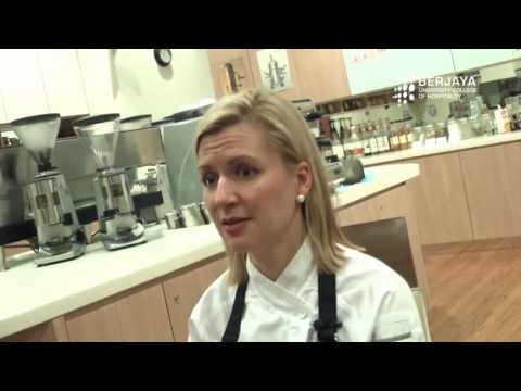 Interview Session with Celebrity Chef Anna Olson April 2013