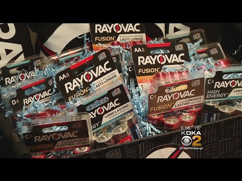Rayovac Gives 13 Years' Worth Of Batteries To Couple Who Had Alarm Clock Stuck In Wall