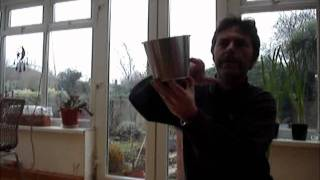 Building A Bird Table Demonstration.wmv