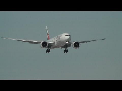 Emirates Boeing 777 landing at Warsaw Chopin Airport