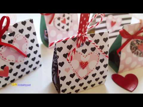PAPER CANDY BAR HOLDERS | VALENTINE'S DAY CRAFTS