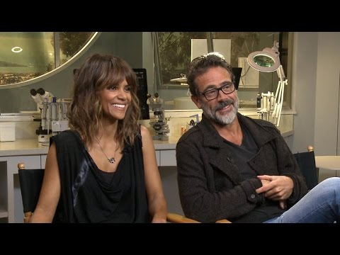 "Halle Berry and Jeffrey Dean Morgan on new season of ""Extant"""
