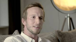 Gambar cover Lerne Max kennen: Airbnb Gastgeber in Berlin | Airbnb Citizen