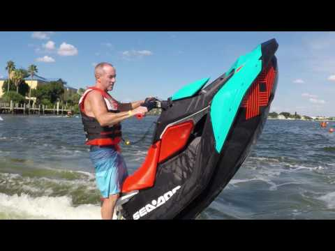 Sea-Doo SPARK TRIXX Freestyle