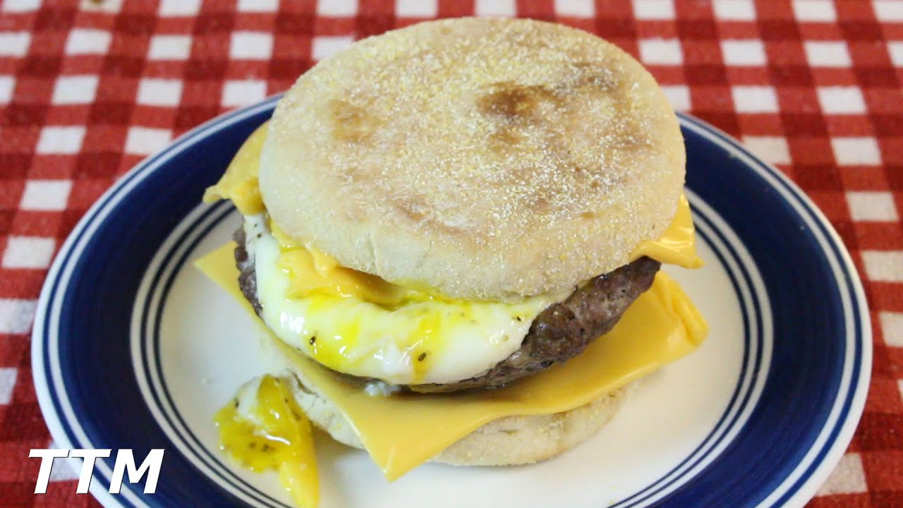 How To Make An Egg Burger In The Toaster OvenEgg With Cheese