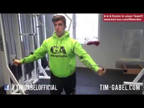 Kabelzug für Hintere Schulter - Eine der besten Übungen für die Hintere Schulter -  TIM-GABEL.COM