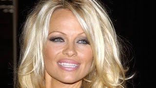 Как выглядит известнейшая модель Памела Андерсон (Pamela Anderson) в свои 48 лет (2015 год)