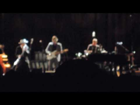 Bob Dylan - Tangled up in Blue @ Rockhal, Luxembourg, 22/04/2017