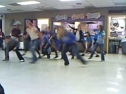 brush middle school morning flash mob