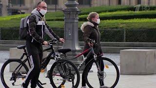 Во Франции чтобы сдержать коронавирус в крупных городах вводят комендантский час