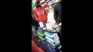 Buying The PS4! At Gamestop Blackfriday