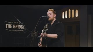 909 in Studio : Gavin James -