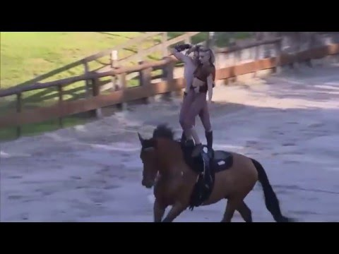 Horse Acrobatics - France's Got Talent
