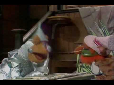 The Muppet Show. Medley of Happy Songs for Fozzie (ep 506)