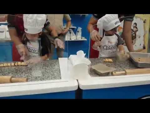 Cinnabon Baking & Rolling
