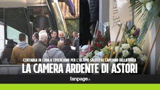 Astori, squadra e compagni di nazionale a Coverciano per la camera ardente del capitano della Viola