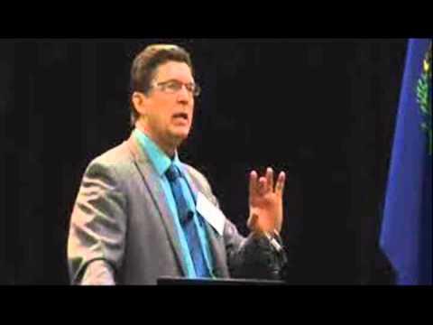 Sheriff Richard Mack - Now 100% BIRTHER Believer! Carl Gallups Interviews Sheriff Mack!
