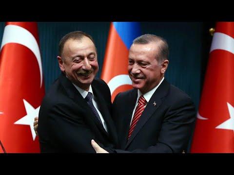 Recep Tayyip Erdogan  en visite à Bakou: le président turc a fêté la victoire dans le Haut-Karabakh